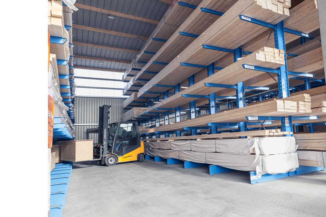 Lagerung-Holz