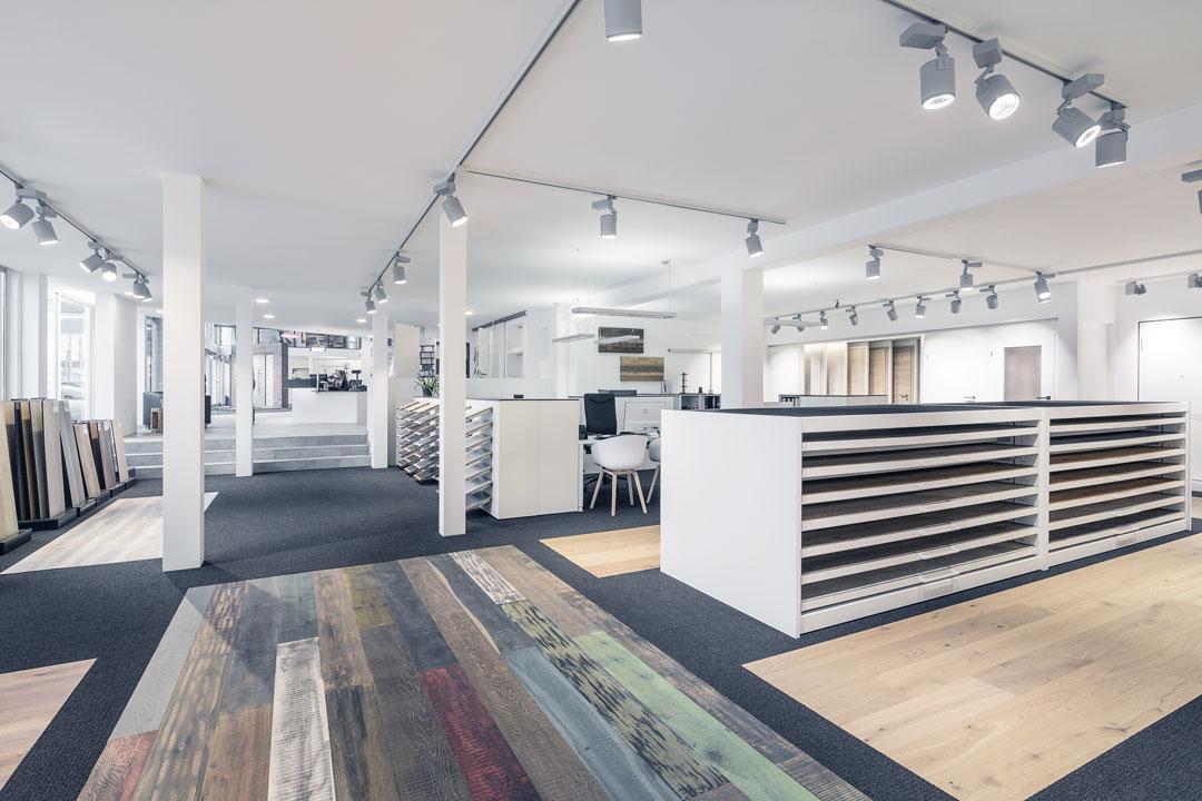 Boden-Holzstudio-Ausstellungen